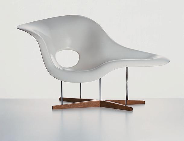 vin on y vitra presentan una exposici n sobre el mobiliario de los eames interiores minimalistas. Black Bedroom Furniture Sets. Home Design Ideas