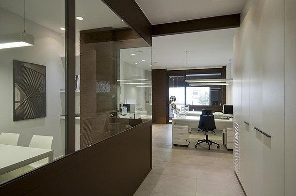 De altillo industrial a modernas oficinas un proyecto de for Oficinas de diseno industrial