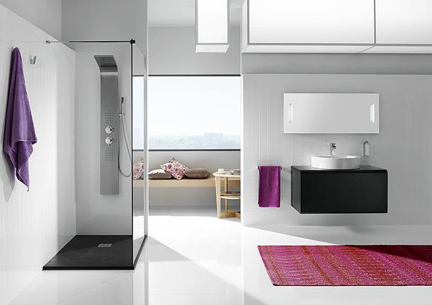 Essential la nueva columna de hidromasaje en inoxidable for Duchas minimalistas
