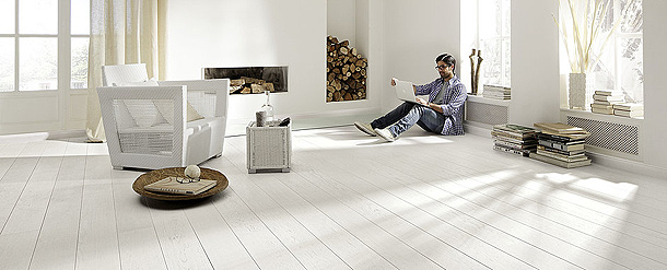 Interiores minimalistas resumen de la semana interiores - Madera para suelos interiores ...