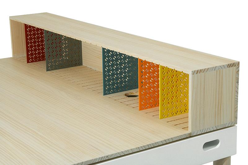 Imasoto-tray-bureau (8)