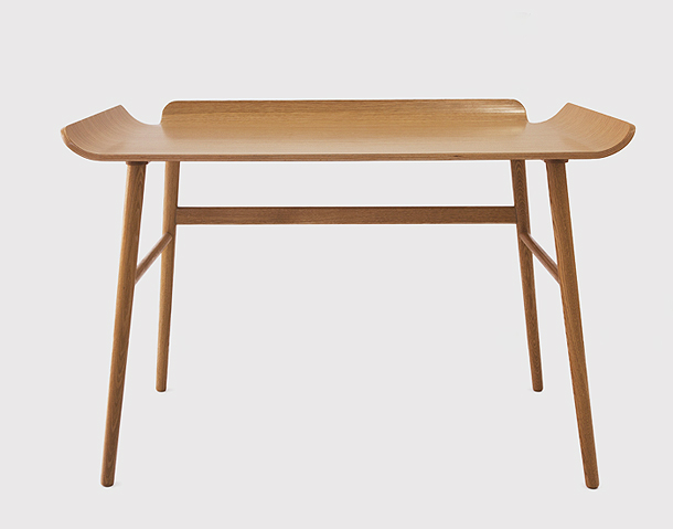 Fjordfiesta-alto-desk-oak