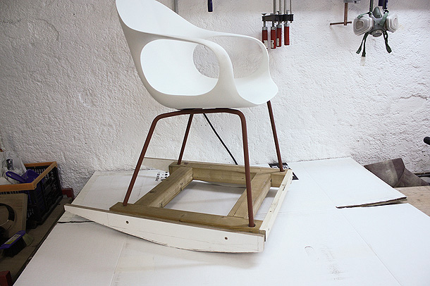 elephant-rocking-chair-neuland-kristalia (5)