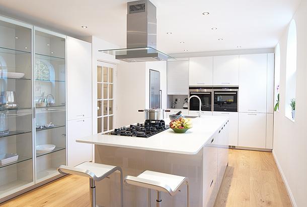 Cocina dise ada por kelvin co con mobiliario santos for Dimensiones de mobiliario de cocina