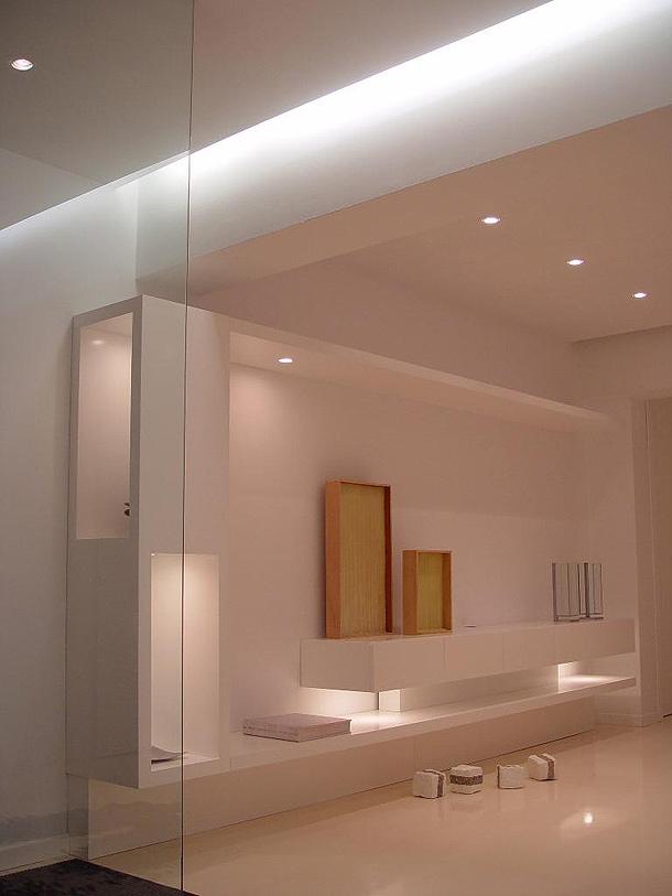 Rehabilitaci n de una vivienda por arsenio lage barbeito - Iluminacion de pared ...
