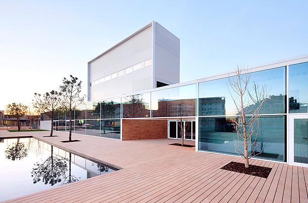 centro-ocio-azuquecadehenares-abalos-sentkiewicz-arquitectos-(1)