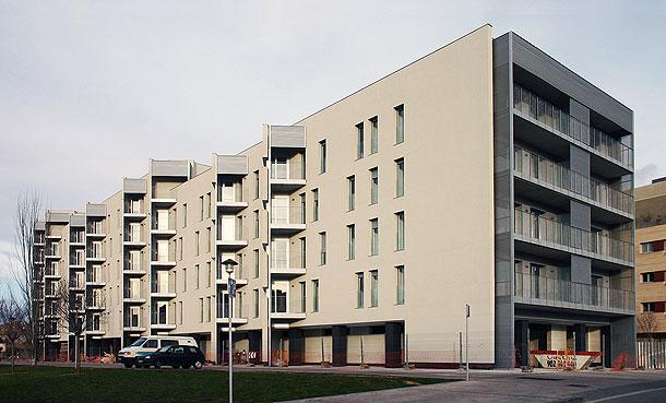 viviendas-osona-mar-garces-collado-arquitectos-(1)