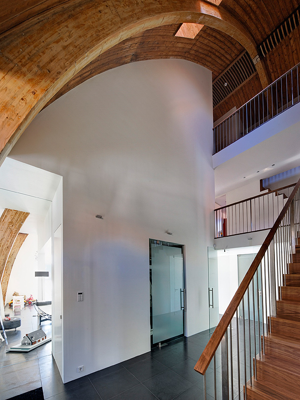 casa-en-una-iglesia-ruud-visser-architects (17)