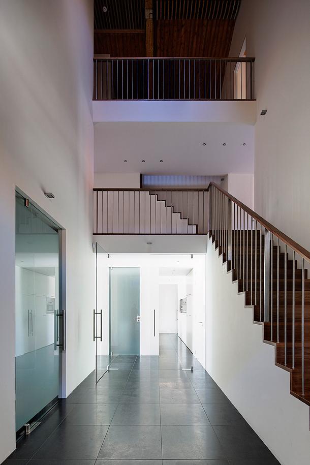 casa-en-una-iglesia-ruud-visser-architects (19)