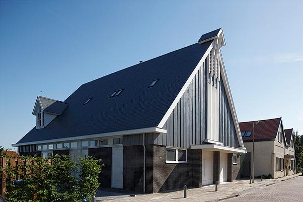 casa-en-una-iglesia-ruud-visser-architects (22)