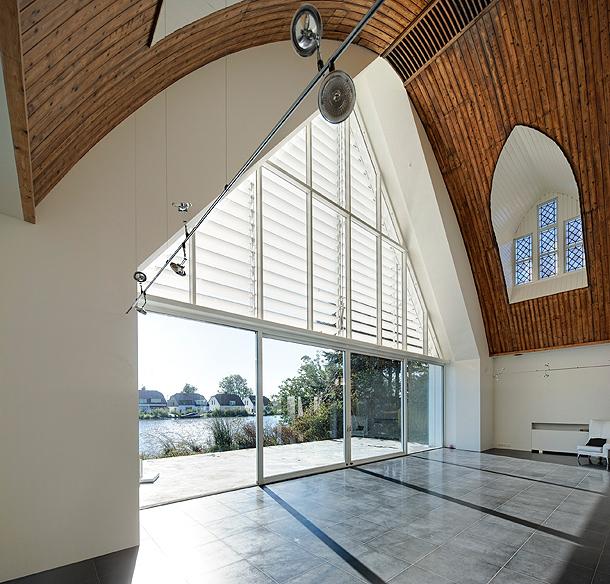 casa-en-una-iglesia-ruud-visser-architects (7)