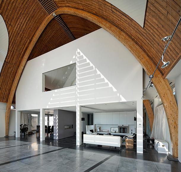 casa-en-una-iglesia-ruud-visser-architects (8)