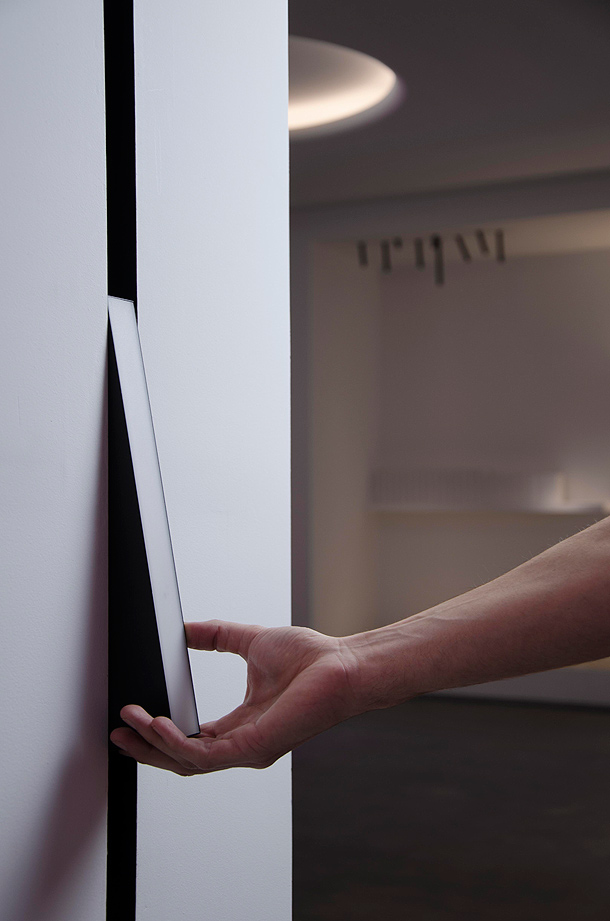 the-running-magnet-flos-architectural (2)