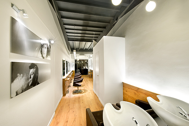 Il salone nuevo concepto de peluquer a con el dise o de - Interiores de peluquerias ...