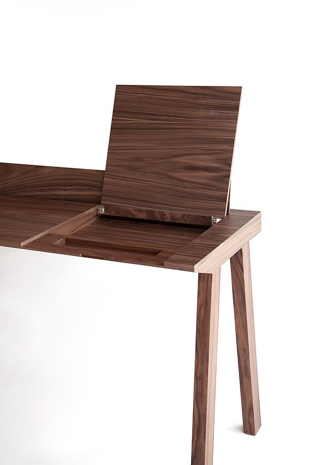 Ernest un escritorio para tiempos modernos por borja garc a studio - Tiempos modernos muebles ...