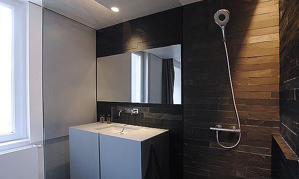 Apartamento para un soltero por el arquitecto vehap shehi for Diseno de apartamento de soltero