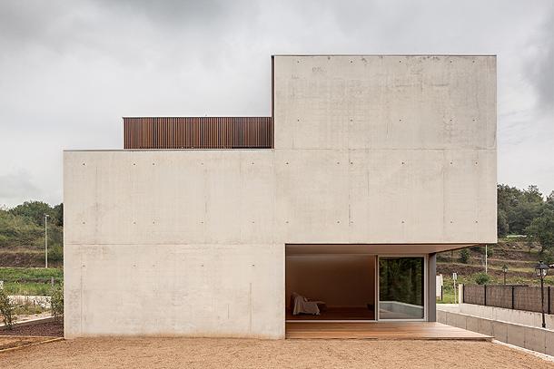 casa-mordida-arnau-estudi-arquitectura-technal (5)