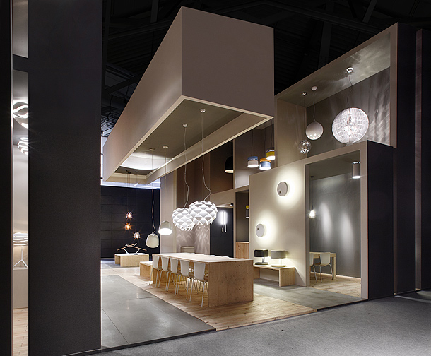 stand-b-lux-light&building (3)