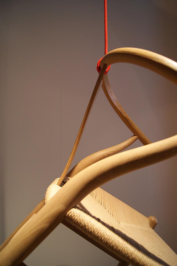 exposicion-sillas-hans-j.wegner-espai-ro-obssesive-collectors (4)