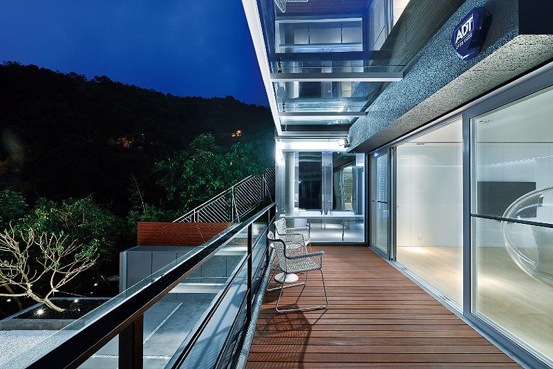 casa-en-shatin-millimeter-interior-design (15)