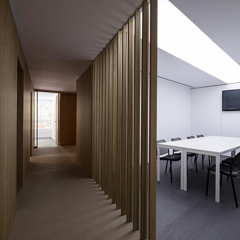 Nueva sede de dsae en valencia por nonna designprojects for Material de oficina en valencia