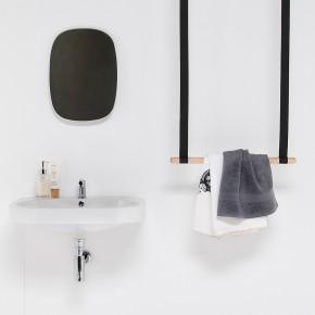Gambol: elementos descontextulizados para el baño de Ever