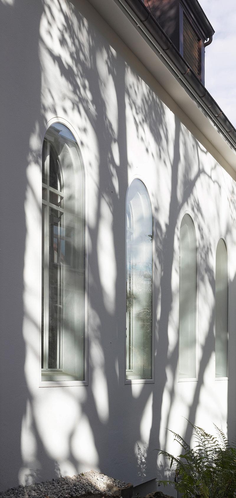 de-capilla-a-vivienda-morscher-architekten (6)