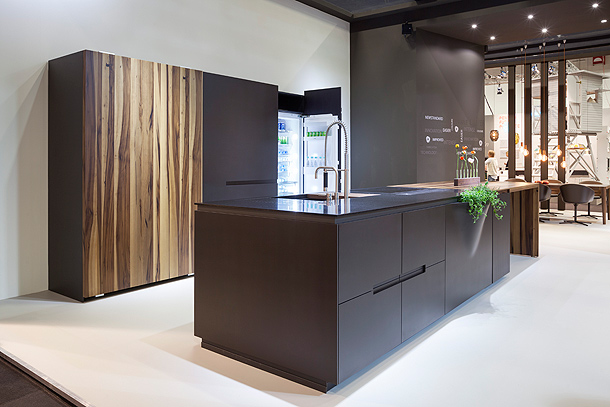amini-corian-living-kitchen (8)