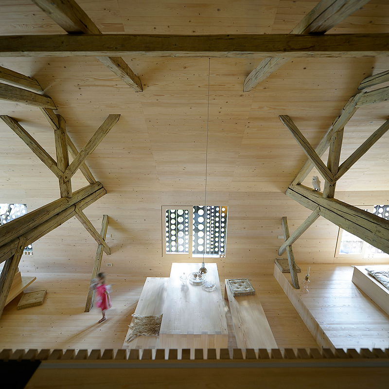 alpine-barn-apartment-ofis-architekture (15)
