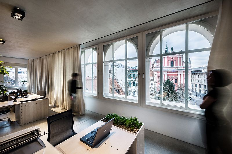 oficinas-cortinas-dekleva-gregoric-arhitekti (3)