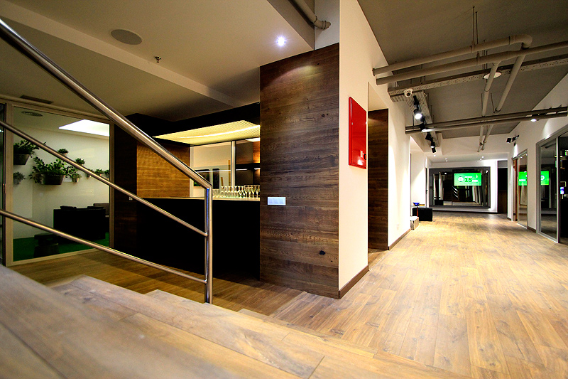 showroom-monleon-bang&olufsen-barcelona (10)