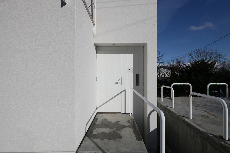 casa-white-skip-keikichi-yamauchi (1)