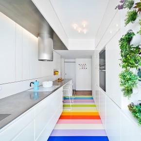 Pequeño apartamento en Montmartre, diseñado por Alex Delaunay (SABO)