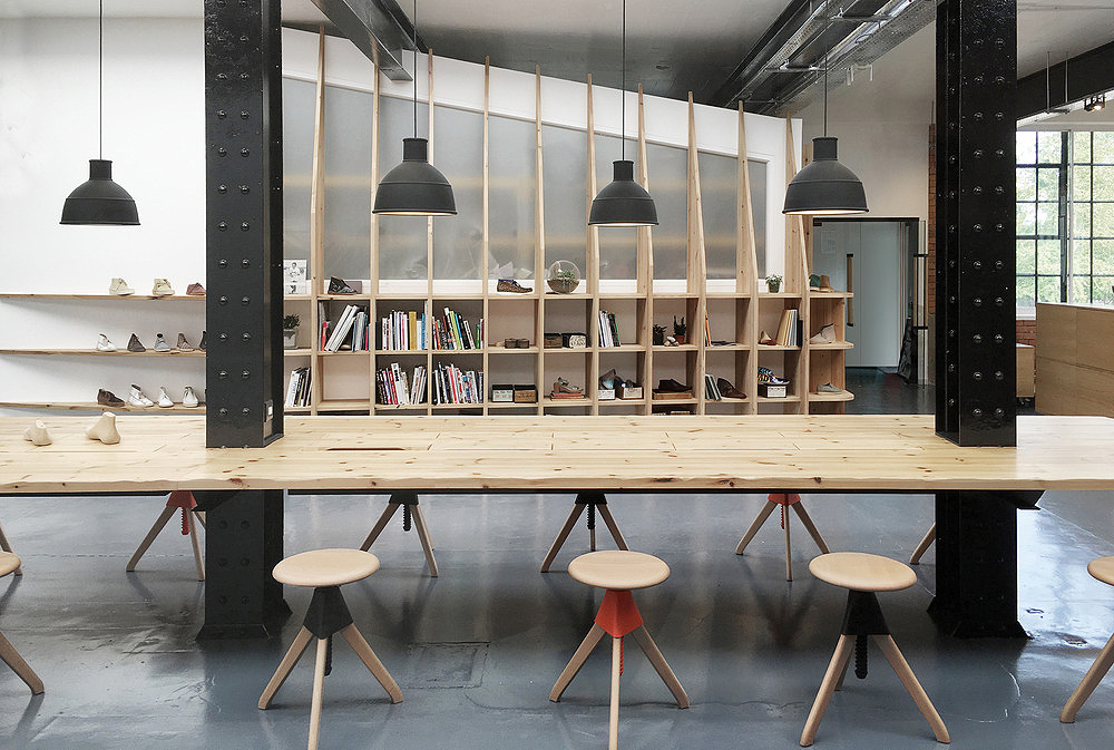 Arro studio proyecta el estudio de dise o de clarks originals for Foto interior design