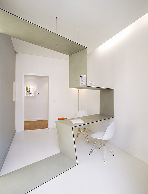 El refugio minimalista de s28 arquitectura en casa decor - Casa minimalista interior ...